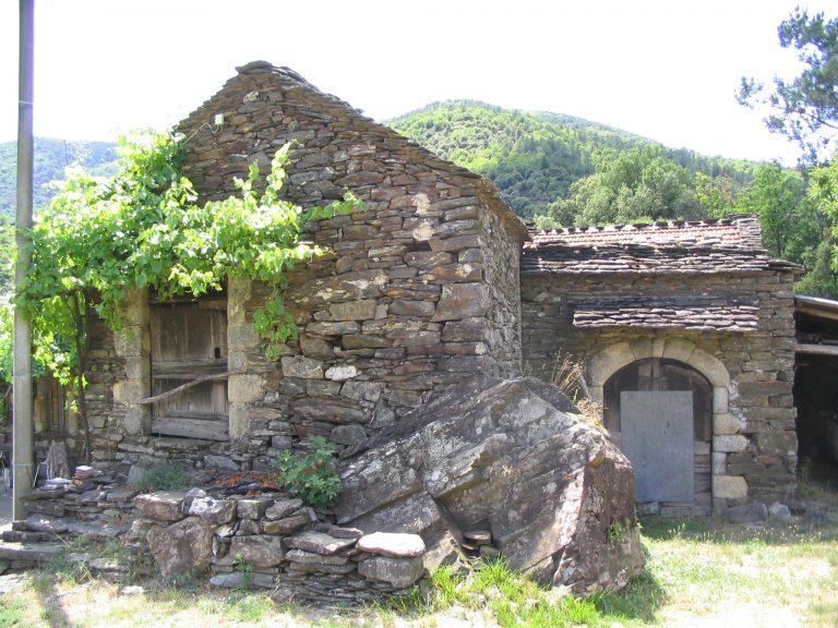 Saint-Melany-ferme-de-de-Miaille-3