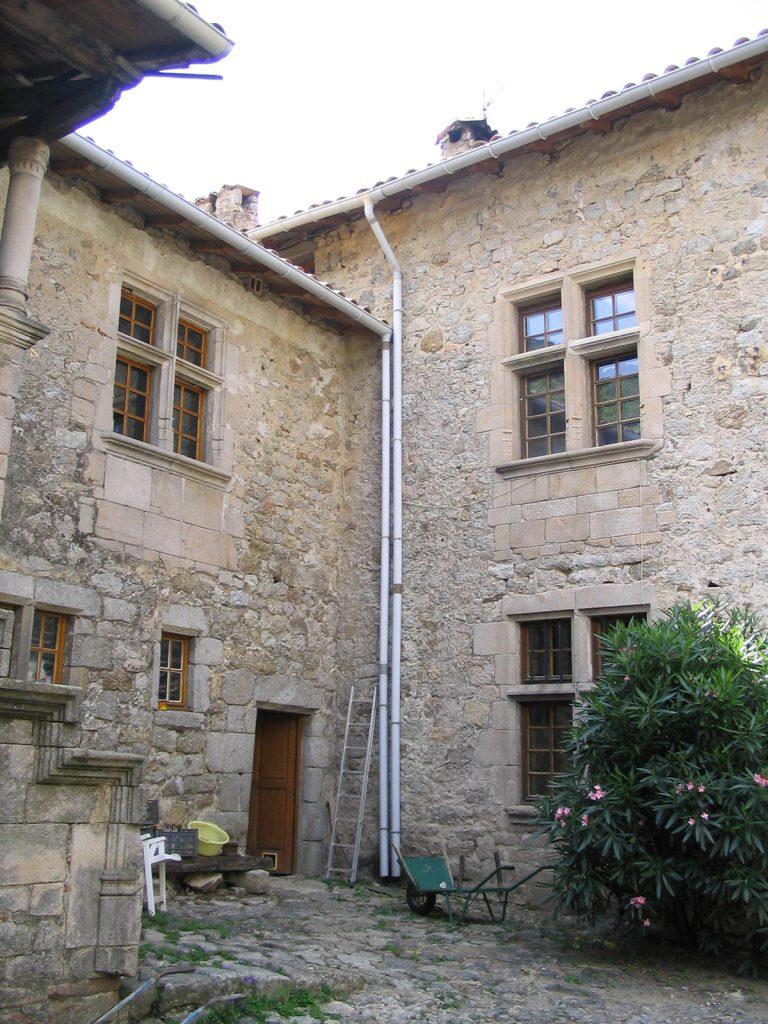 Valgorge-Maison-forte-de-Chastanet-1